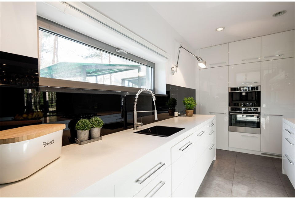 functional-kitchen-with-white-furniture-PTBESG9(1)